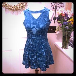 Anthropologie Lilt Short Midi Velvet Detail Dress